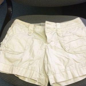 Size 4. American eagle. Khaki shorts.